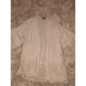 🚨BOGO🚨 White Lace Detail Kimono Cardigan